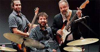 Nerja Parrot Farrell Trio