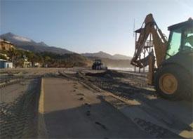 Nerja Playa Burriana Toplaag reinigen